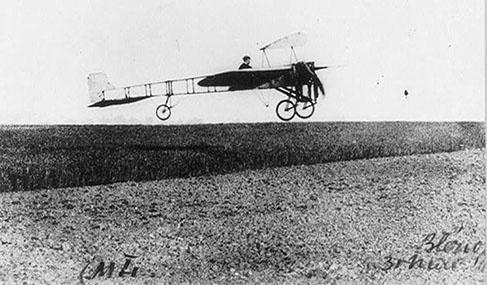 Histoire Getlink - 1909 - Avion Bleriot