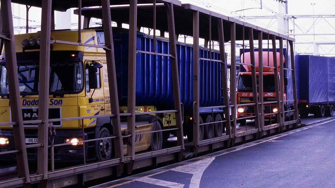 Histoire Getlink - 1999 - Nouvelle navette camions