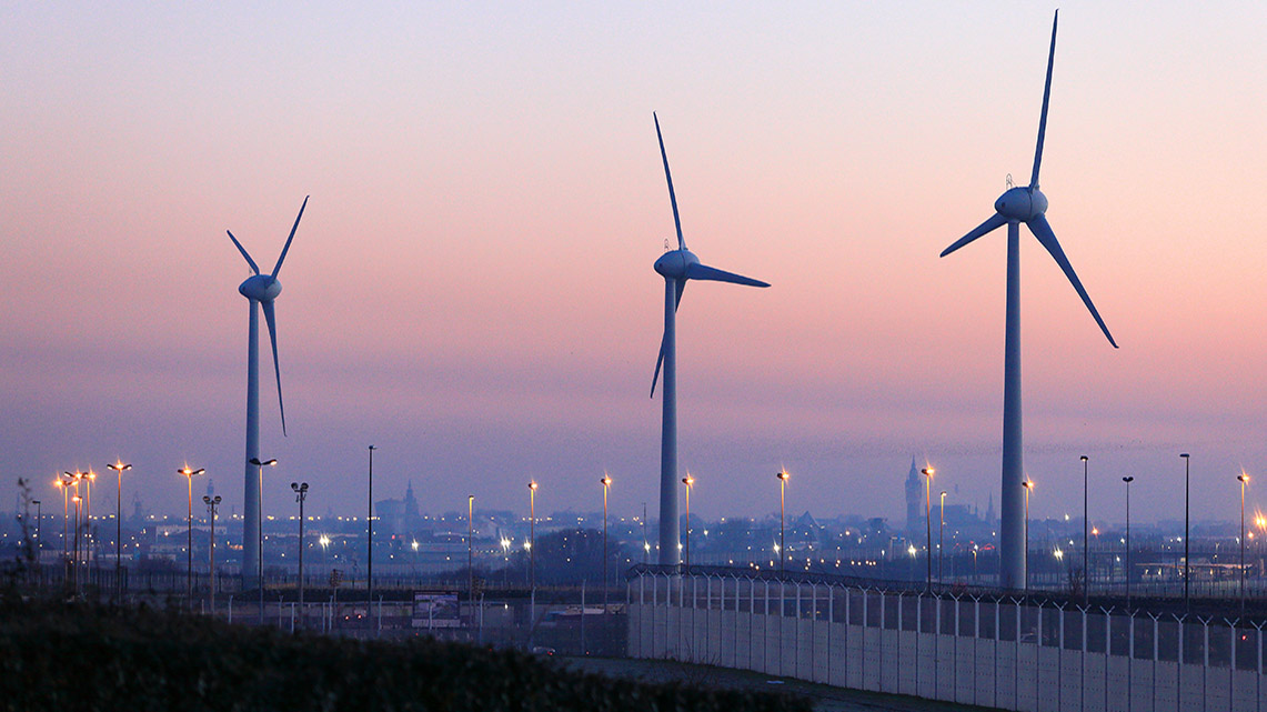 Getlink History - 2010 - Inauguration of the Coquelles wind farm