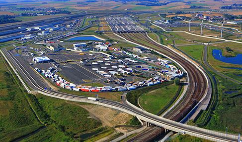 Histoire Getlink - 2015 - Inauguration nouveau Terminal de Coquelles
