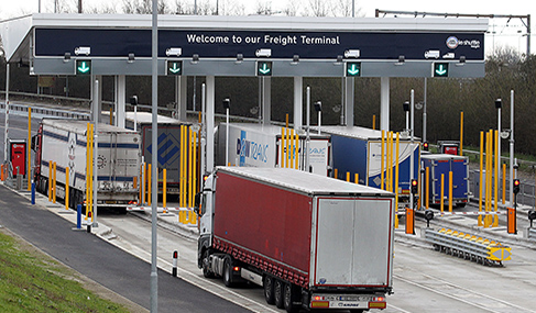Histoire Getlink - 2015 - Nouveau Terminal Camion Folkestone