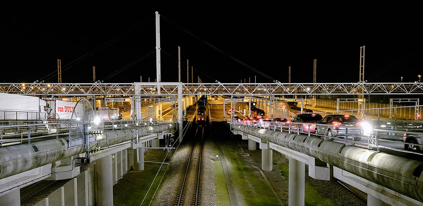 Navettes passagers et Camions Eurotunnel